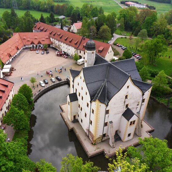 Wasserschloss Klaffenbach - Luftbild Schloss