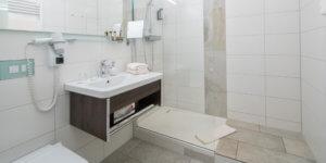 Badezimmer Einzel/Doppelzimmer